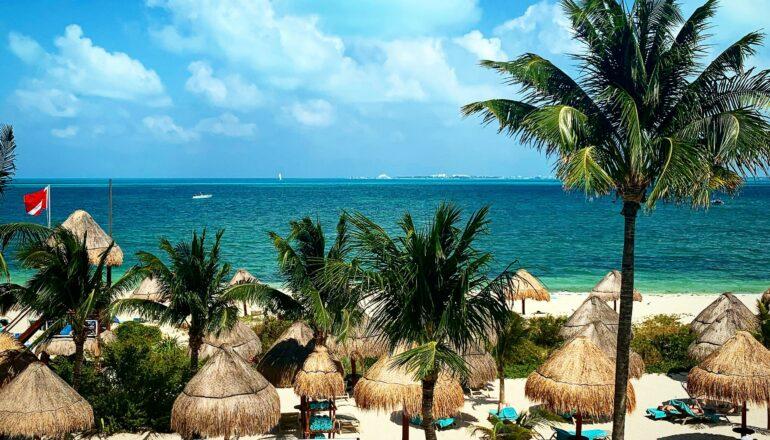 Best Hotels in Playa Norte